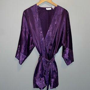 Vintage Victoria's Secret silk Feel robe